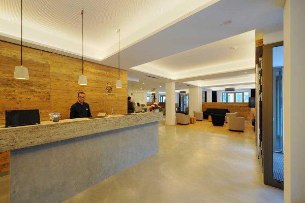 Hotel Bayer 02vv2 rezeption 02