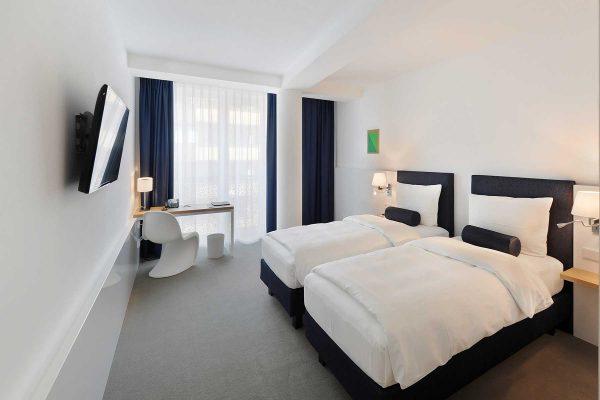 Hotel Bayer 02vv2 tws 01
