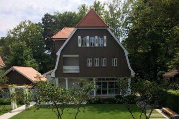 Villa W main