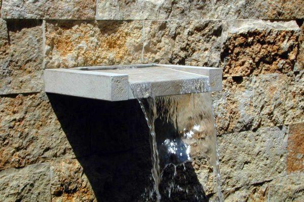 Haus TRM G45 Aussen Wasserspeier 2